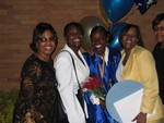 Auntie Jewel, me, Rashida, Momma and Auntie Pat